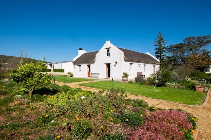 Beautiful Historic Cottage on Mc Gregor Farm