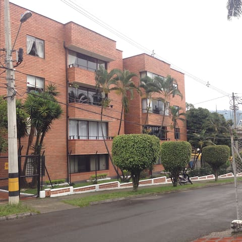 Big Apartment in Poblado - Medellin - Dom