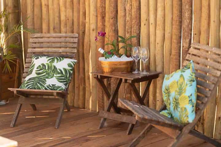 Tropical Home-conforto e natureza em um só lugar!