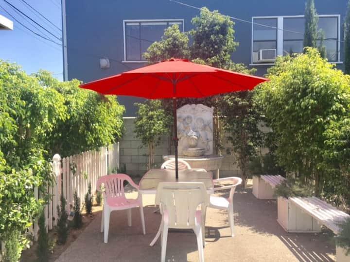 Sunflower Studio in Los Angeles/ Hollywood