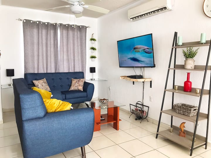Private Zone House | Pool | 10min Beach-5min Mall