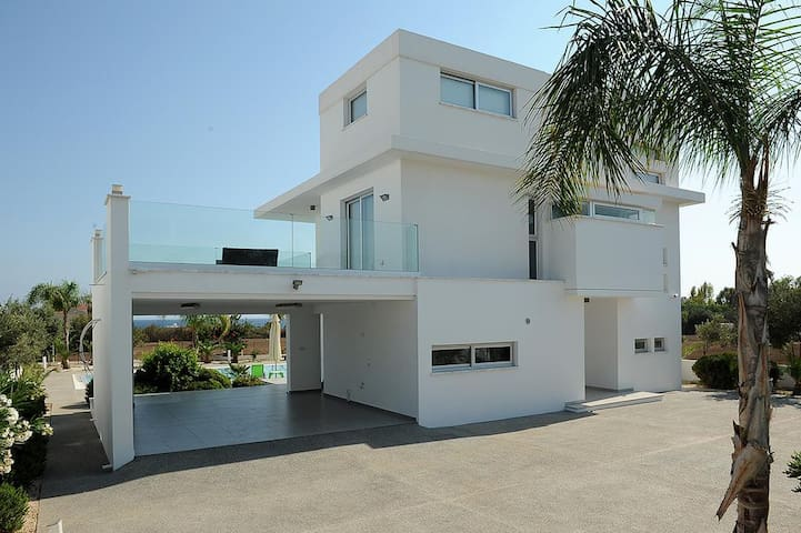 Villa for rent in Agia Napa with great pool and SV - Ayia Napa - Casa de campo