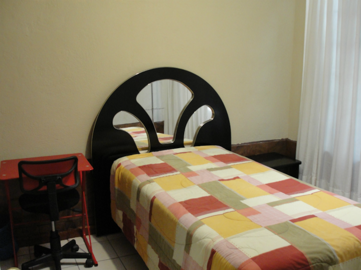 Beautiful room (Zona Viva), zone 10 Guatemala City