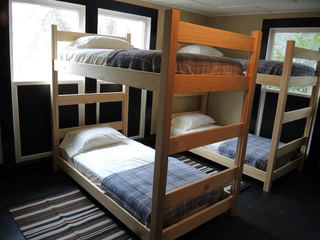 Bunkroom One with 8 bunks