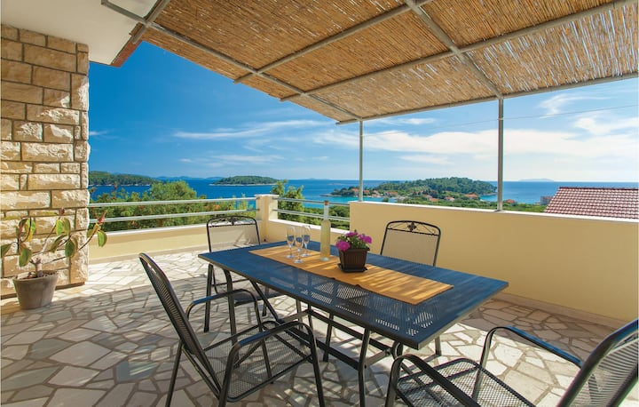 Nice home in Blato with WiFi and 3 Bedrooms