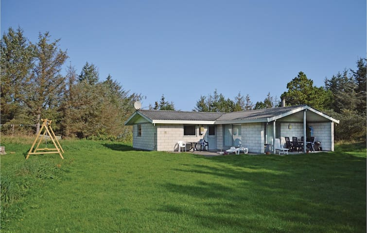 Holiday cottage with 3 bedrooms on 90m² in Løkken