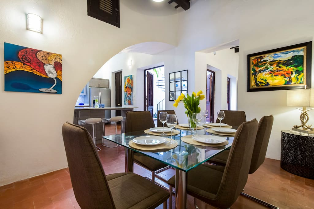 6 person dining room connects with kitchen