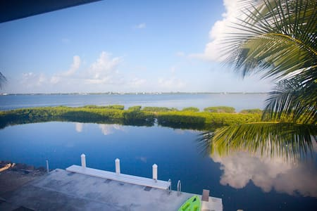 Big Pine Key Waterfront Home w/boat ocean access - Big Pine Key - Hus