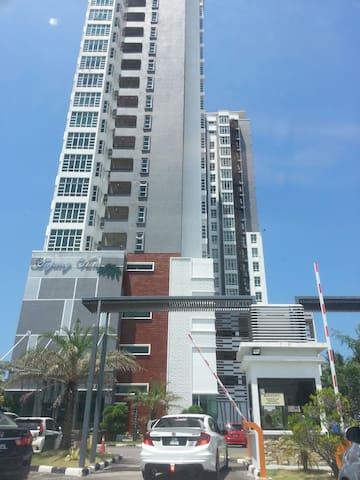 Eppy Homestay - Anjung Vista Apartment