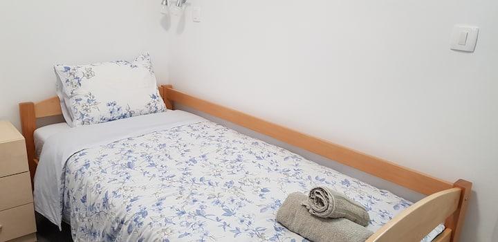 Room 1 - jednokrevetna soba s kupaonicom