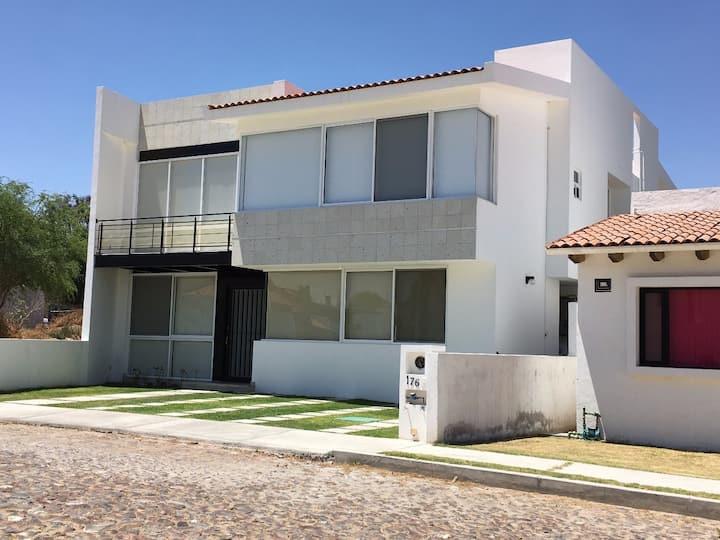 Casa en Tequisqueapan con alberca privada