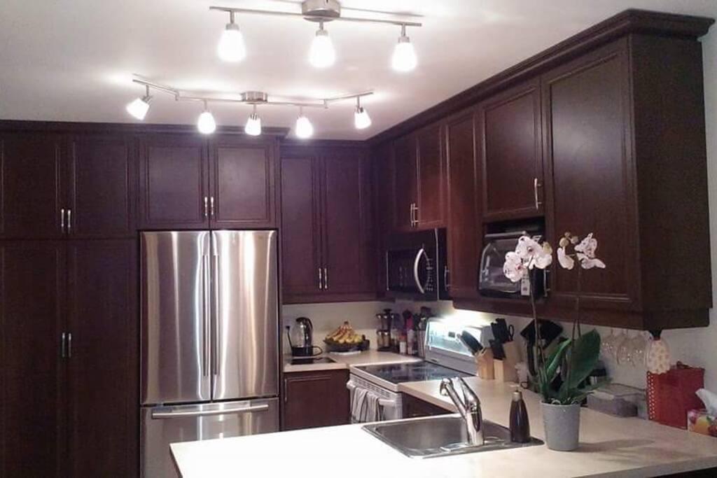 Big Bright kitchen