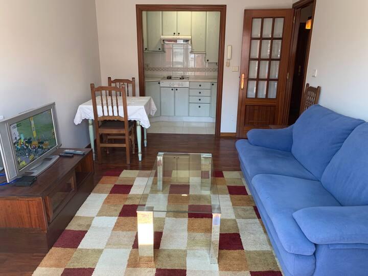 Disfruta de un apartamento acogedor y tranquilo