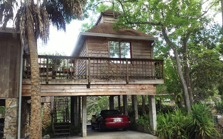 """This is our """"Little House"""" . - New Port Richey"""