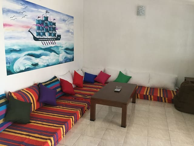 1 room with double bed in a cosy HOSTEL