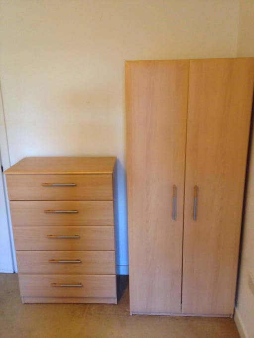 Wardrobe & large chest of drawers