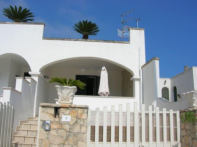 Casa vacanza a 100 m dal mare S.Cesarea Terme - Santa Cesarea Terme - House