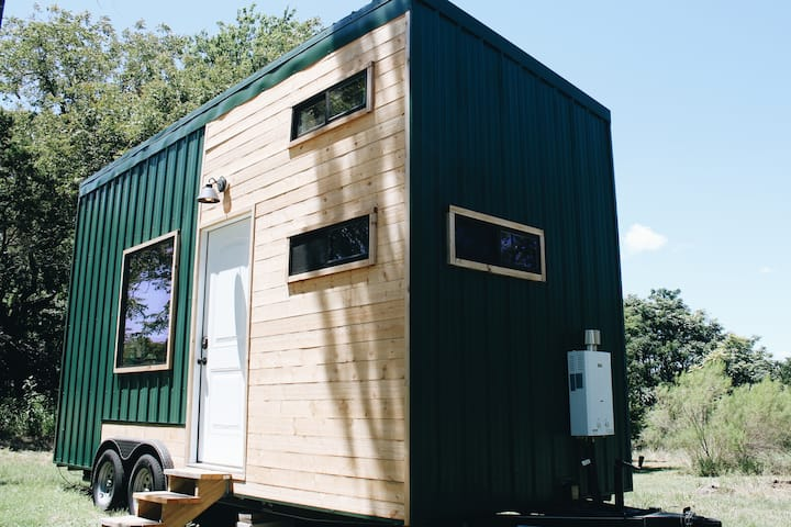Modern Tiny House in the Texas Hill Country