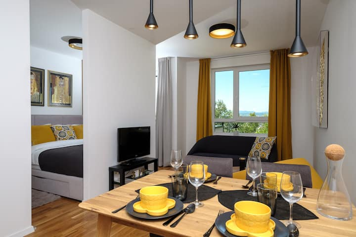 APARTMENT GOLDEN WINGS of ZAGREB WEST RESIDENCE