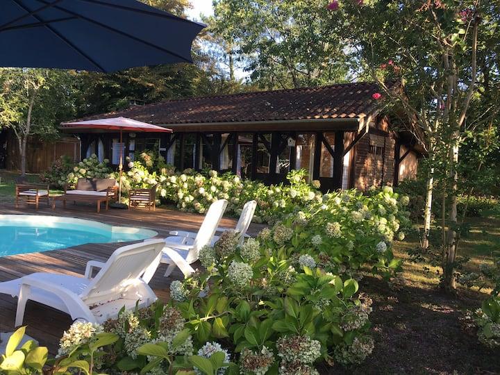 Grange authentique au calme proche Dax (piscine)
