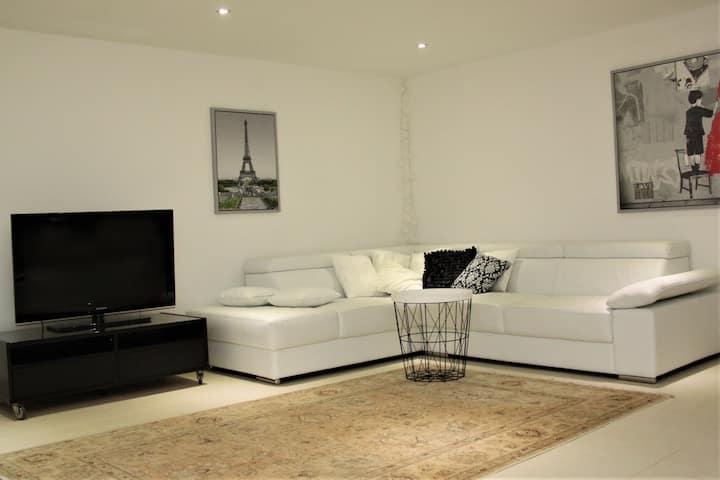 Stylish & trendy 65 m2 studio apartment with sauna