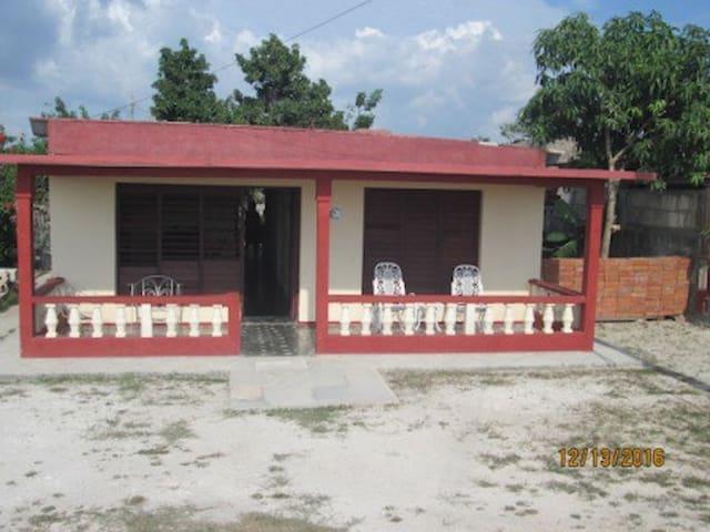 Casa Lucy y Erelia - Habitación - 1 - CU - Talo