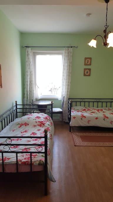 romantische wohnung im countrylook wohnungen zur miete in m cke hessen deutschland. Black Bedroom Furniture Sets. Home Design Ideas