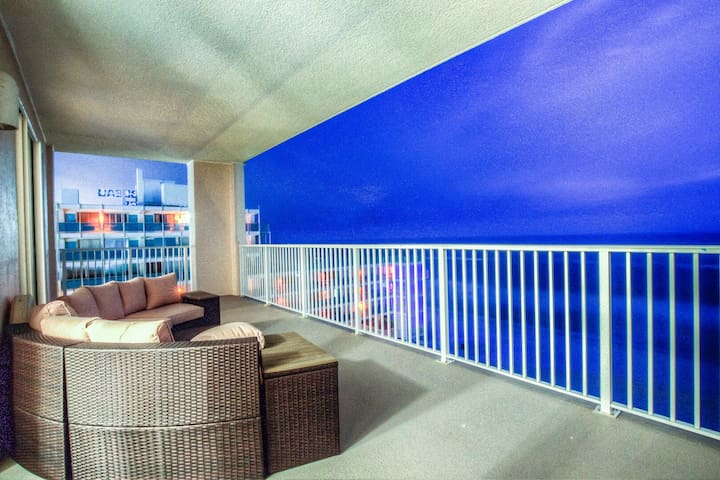 Ocean Reef 701! Spacious 4 BD, Ocean View, And Great Location! By ZIA