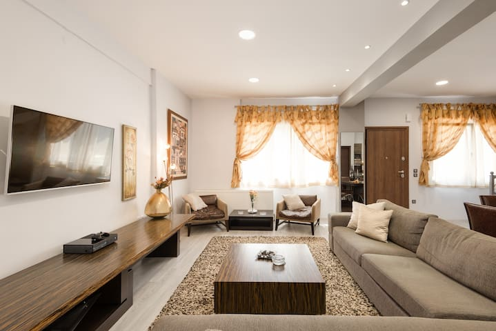 Super lux maisonette, 10 minutes from city center