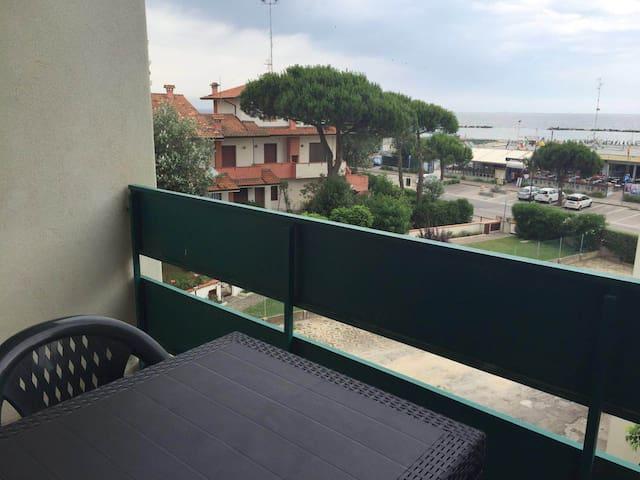 Luminoso bilocale sul mare - Lido Adriano - Wohnung