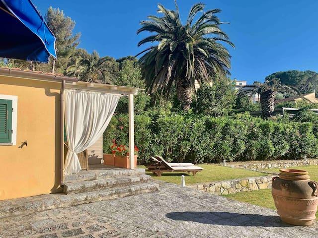 Dependance Elba   ( a pochi metri dal mare )