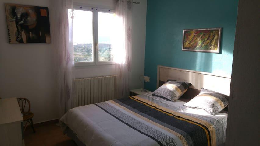 Belle chambres tranquille 10min Calvi