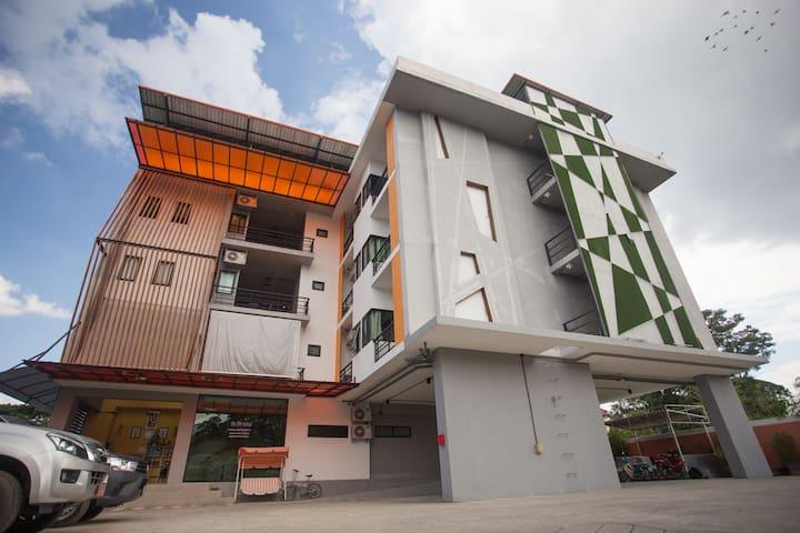 OYO Warmtel Chiangmai City Hall (D)