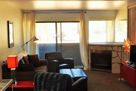 Pet Friendly Unit Steps to Canyon Lodge - Mammoth Lakes