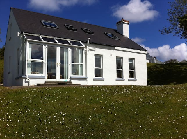 Modern 3 bedroom holiday home - Portsalon - Ev