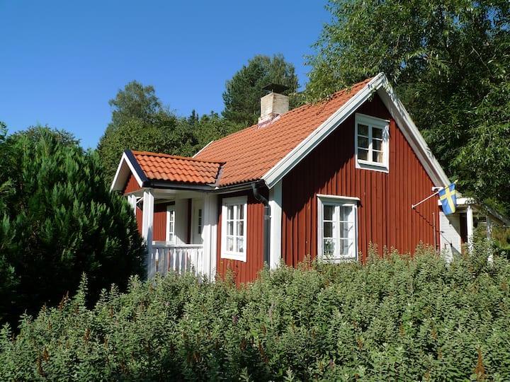 Typisches Schwedenhaus in Smaland mit Sauna