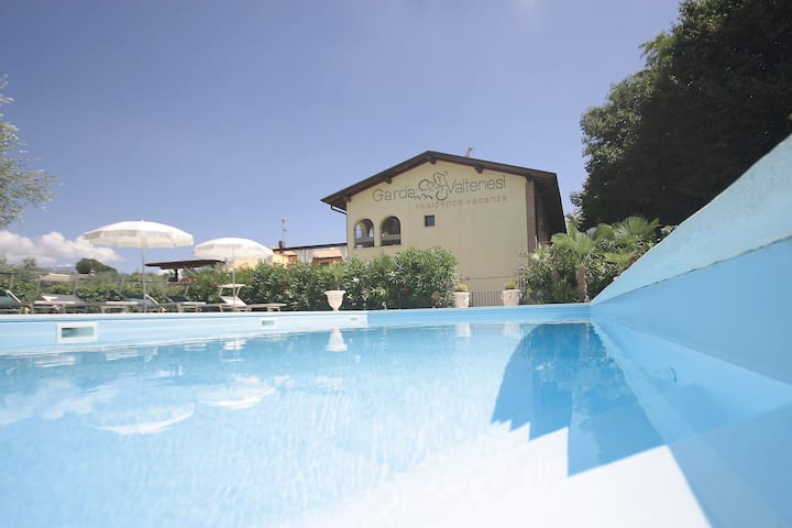 Residence Garda Valtenesi 9-Nature, pool & view