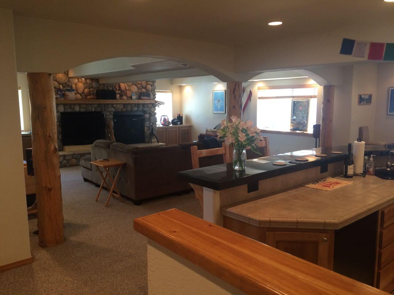 Apres Ski Lodge Setting in Colorado Springs