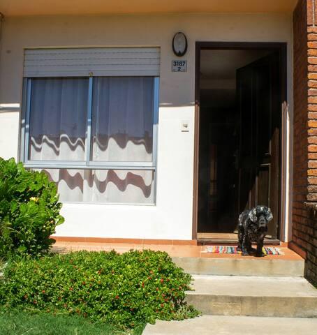Lila. La casa de Lila. Frente