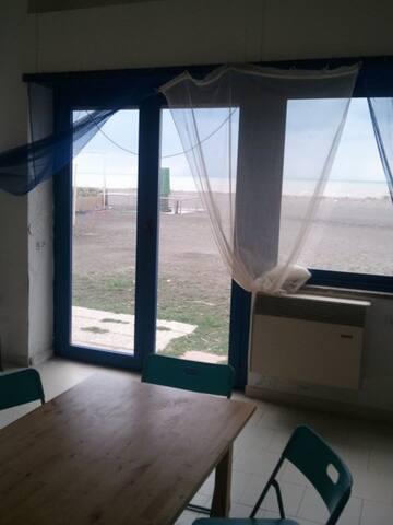 Appartamento con accesso diretto su spiaggia - Montalto Marina - Appartement