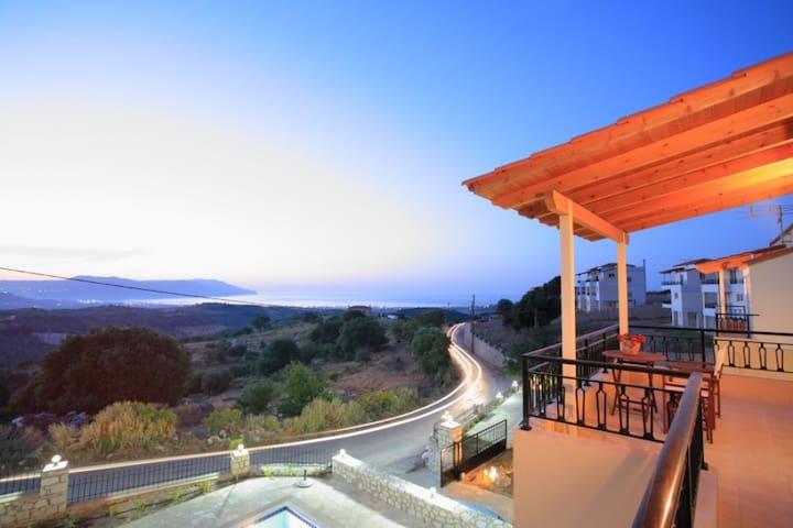 3 Bedr sea villa, studio overlooking Kournas lake - Kournas - Casa de campo