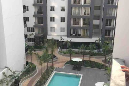 Entire Brandnew 3 bed rooms Condo