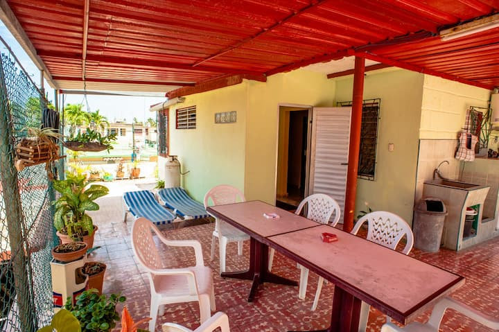 *Colorful Niurka House in Varadero Full Space*