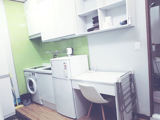 Nice single studio-3min Hanyang university station