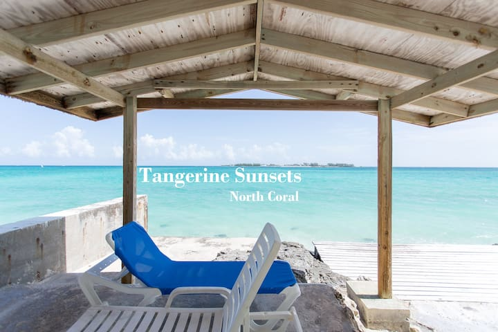 Tangerine Sunsets North Coral - ナッソー - アパート