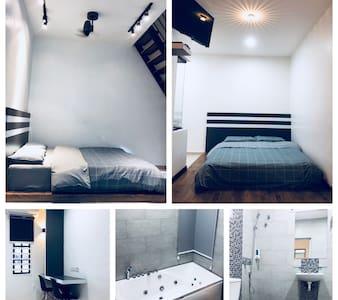 Jacuzzi+SkyGarden Loft Room WINN Kuantan Homestay