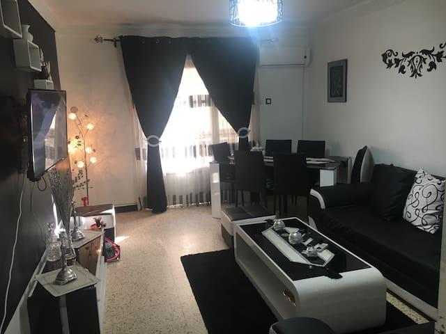 Bel appartement calme et sécurisé - Bab Ezzouar - Apartment
