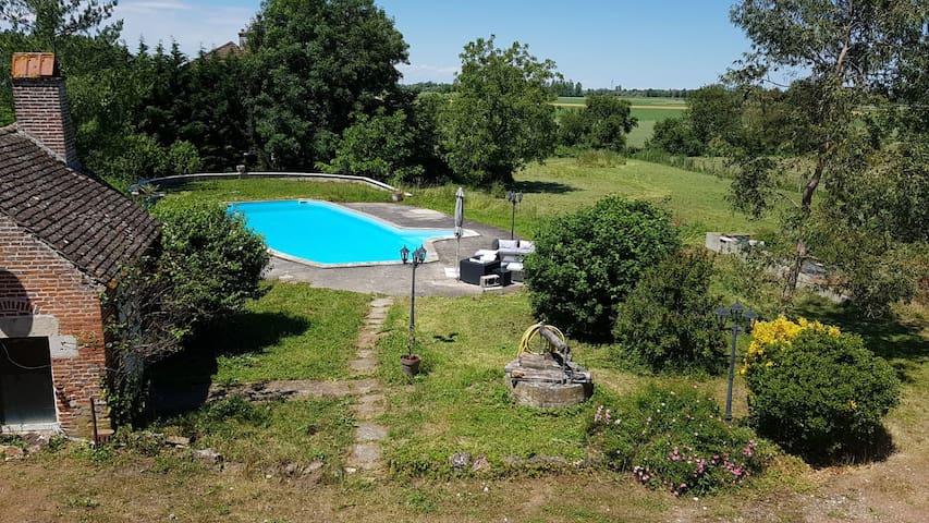 Vieille maison au coeur de la Bresse Bourguignonne