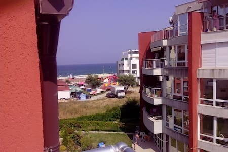 1-bedroom apartment with seaview near the beach - Burgaz - Daire