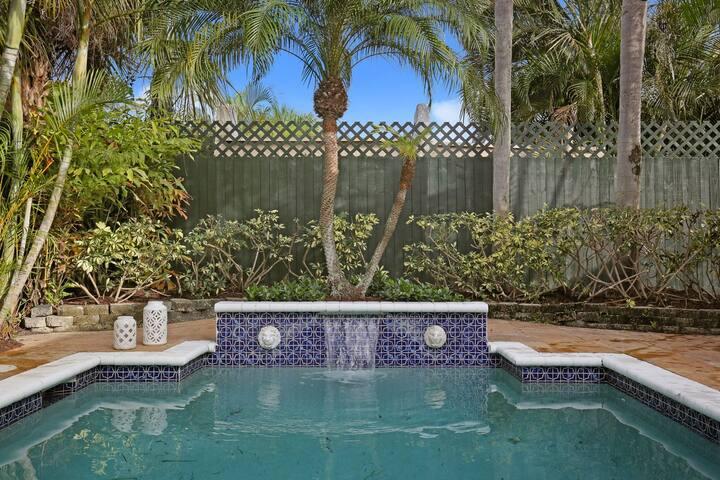 Mediterranean House 3 Bedroom with pool!